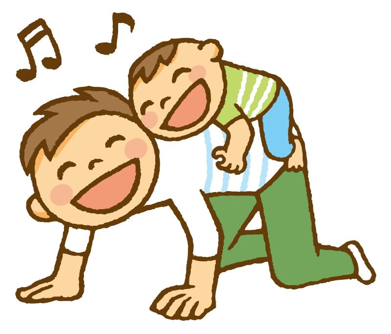 子供と遊ぶ親